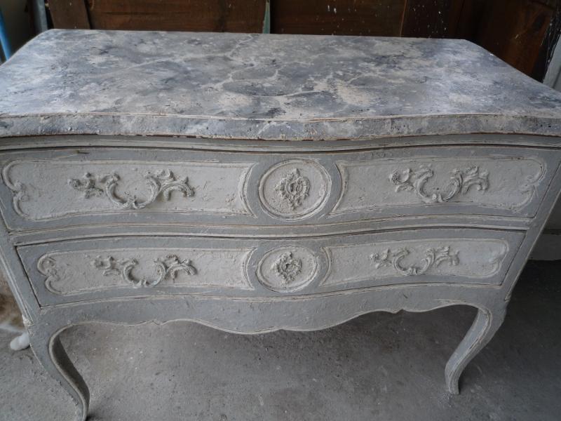 Albi antiquit peinture sur meubles albi antiquit for Peinture sur meuble