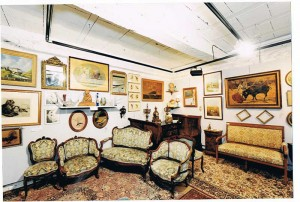 Free estimate of all furniture and objet d'art and antiques